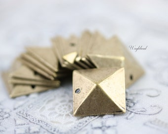 Antique Brass Square Pyramid Geometric Charms - 6