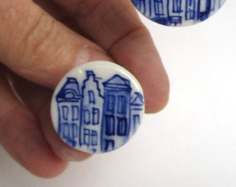 Hand painted  Blue and white Delftware Porcelain  Ring - Dutch Canal Houses