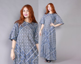 Vintage 60s CAFTAN / 1960s Pointed Sleeve Ethnic Blue Cotton CAFTAN with Silver Sequins