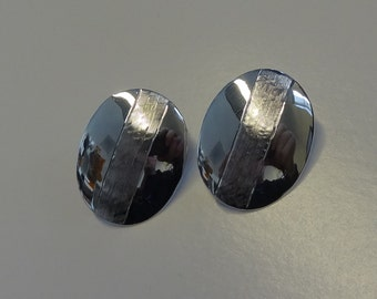 Vintage Sterling Silver Disc Post Earrings