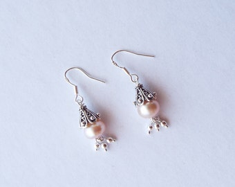 Soft pink freshwater pearl and sterling silver earrings