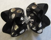 Silver Hair Bow, Boutique Hair Bow, Double Layered Hairbow, Silver Black Foiled Bow, Glitter Hairbow, Girls Silver Hairbow, Big Silver Bow