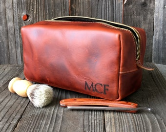 Personalized Dopp Kit - Mens Toiletry Bag - Leather Toiletry Bag - Groomsman Gift - Mahogany