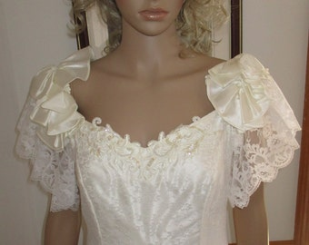 Womens Wedding /Prom Dress-White Southern Bell ~ Bows & Lace Gown Union Made
