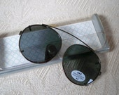 Vintage Accessory Sunglasses Polarized Clip On by Sax NOS