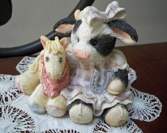 Vintage Collectible Figurine Mary's Moo Moos Cow Decor Enesco 1993