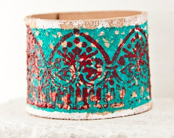 GYPSY JEWELRY Turquoise Bracelet Leather Cuff, Colored Leather Wrist Cuff, Colorful Leather Jewelry, Hand Painted Leather Wristband
