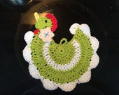 Retro handmade crocheted chicken hot pad, kitchen, baking, tableware, animals, hot pads, dining, Bridal gifts, country, farm