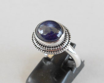 Silver sterling blue sapphire cabochon ring /  unique item - only size 8 /  silver  925 / Bali handmade jewelry / (#99Km)