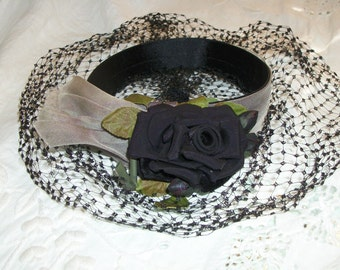 1920s 1930s Style Vintage Black Rose Birdsnest Veil Hair Fascinator One Size Stunning