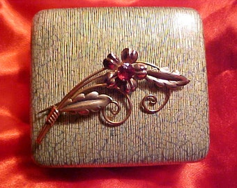Vintage VAN DELL Pin 12kt Gold Fill TOUCH of Red & Orignal Box Timeless Style