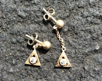 Sterling silver pyramid geo dangle earrings