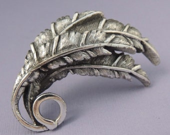 TORTOLANI Vintage Silver Leaf Brooch / Tortolani Silver Leaf Pin / Tortolani Silver Feather Brooch / Tortolani Jewelry / Designer Signed