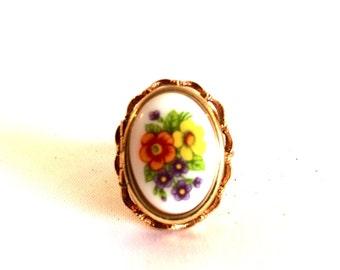Avon Locket Ring