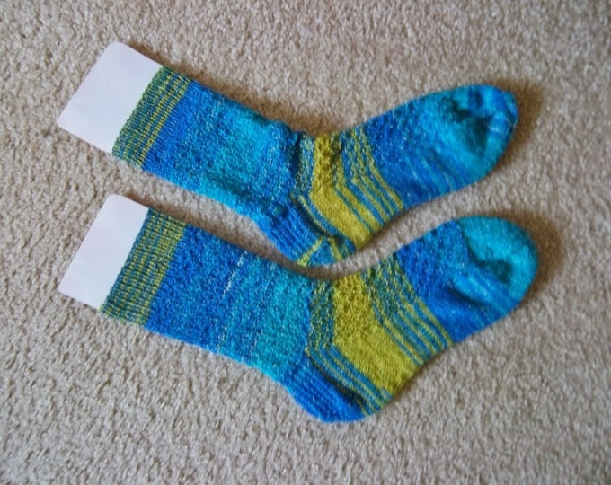 Socks - Handknitted Socks - Unisex - Size Large 8 US / 38/39 EU - Colors Blue and Yellow