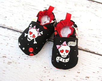 Classic Vegan Snuggle Love Skulls / All Fabric Soft Sole baby Shoes / Made to Order / Babies