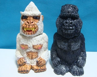 Abominable Snowman And Yeti S/P shakers(standard Size)*Made To Order*