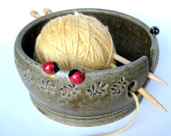 Yarn keeper / bowl in speckled oatmeal  and green with two ladybugs, IN STOCK