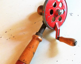 Vintage 1930s Manual Carpenders Hand Drill