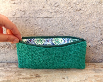 Green pencil case made of crocheted cotton with Laura Ashley lining. Zippered emerald case with geometric pattern inside