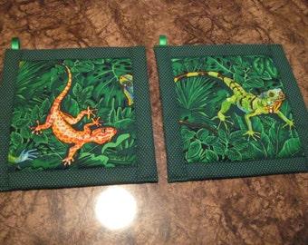 Lizards and Salamanders Kitchen Potholder Set
