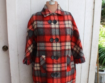 Stadium Coat Women's Red Plaid Sharpee's of Minneapolis Size Large VINTAGE by Plantdreaming