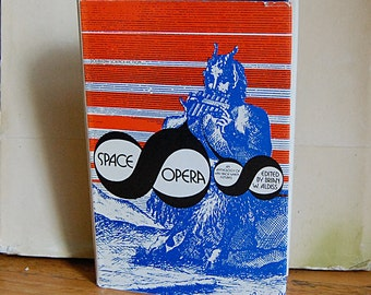 Vintage Science Fiction Hardback Collection of Short Stories Space Opera 1974.