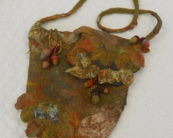 wet felted shoulder bag, autumn leaves bag,shoulder bag, nuno felted bag, acorns, medium felt bag, cross body bag, autumn leaves,