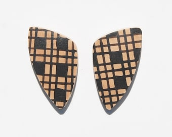 Mata Ortiz Pottery Shard Cabochon Pair for Jewelry