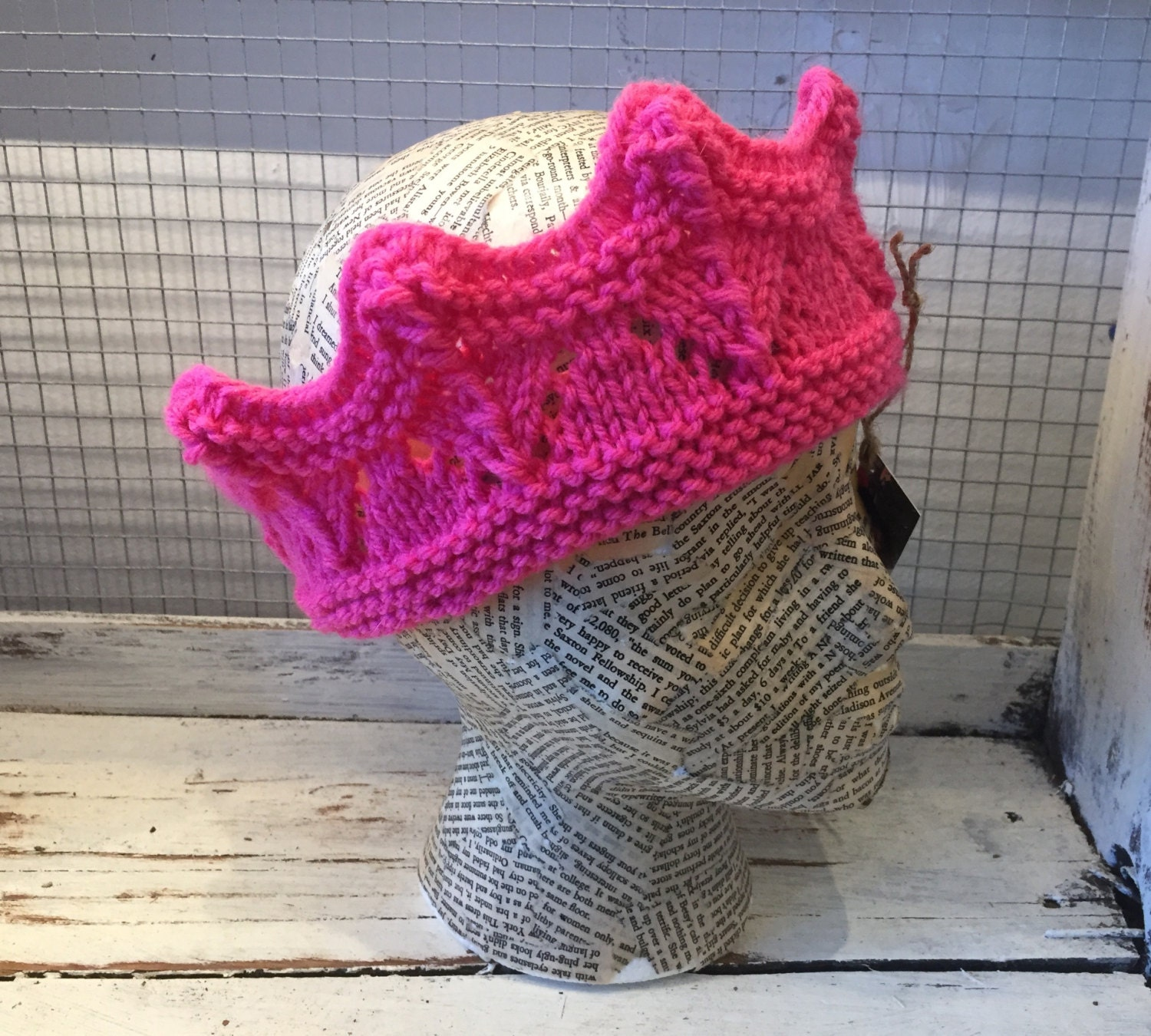 Hand knit crown in adult size