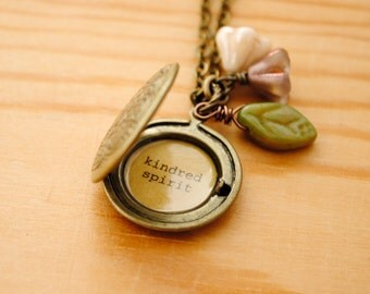 Anne of Green Gables Women's Locket - Kindred Spirit in Antique Brass