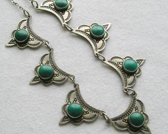 Southwest Harvey Era Turquoise Scalloped Pendant Necklace