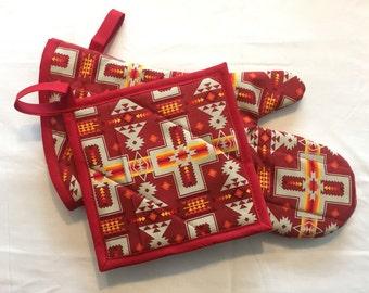 oven mitt & pot holder - red geometric design