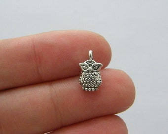 10 Owl charms antique silver tone O87