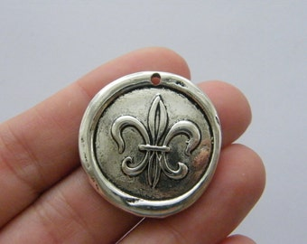 2 Waxed seal fleur de lis charms antique silver tone WT224