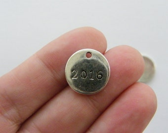 10 2016 charms antique silver tone PT64