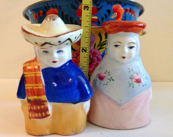 Vintage Mexican salt and pepper shakers - occupied Japan