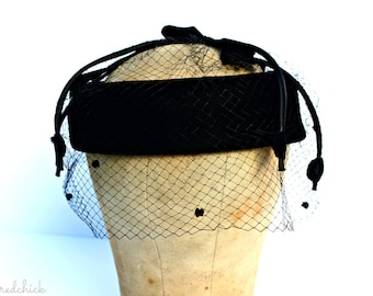 Vintage Black Hat with Netting