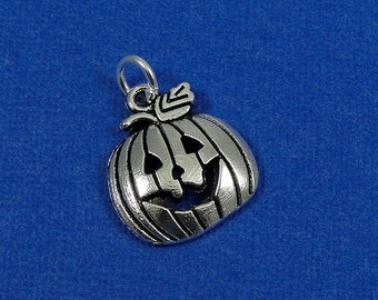 Jack O Lantern Charm - Silver Plated Jack O Lantern Pumpkin Charm for Necklace or Bracelet