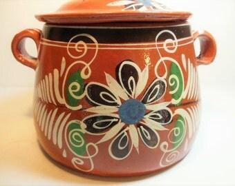 Vintage Mexican Tlaquepaque Pottery, Pot & Lid, Larger size
