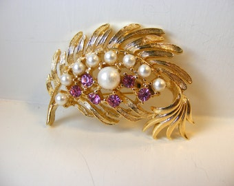 Gerry's Vintage Pink Rhinestone and Pearl Gold Leaf Pin Brooch