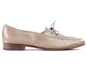SALE . Vintage Italian LOAFERS . Mens Beige Dress Shoes Sockless Light Made in Italy Footwear Urban Hipster . sz Eur 41 mens US 8 Uk 7.5
