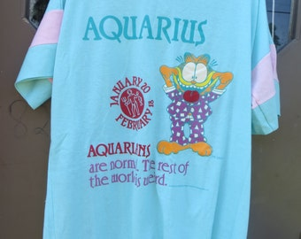 1978  RARE  new w tag Vintage Garfield  signed Jim Davis aquarius    night zodiac sign AQUARIUS  NIGHT T Shirt  sz large/xlarge