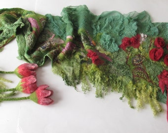 Nuno Felted  scarf,  Green red felted scarf,  spring floral scarf, triangle scarf, women felt shawl by Galafilc
