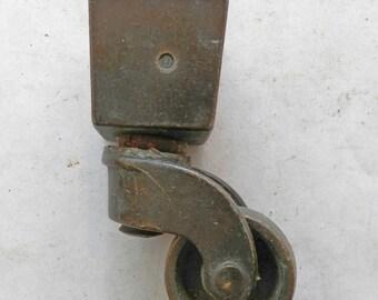 """1 - 3/4"""" sq top opening socket caster vintage"""