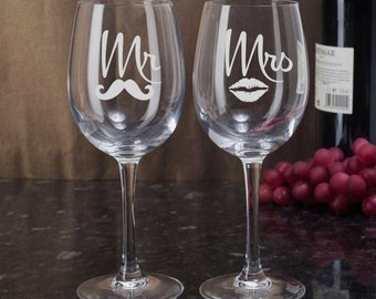 Etched Wine Glasses, Mr Mrs Wine Glasses, Lips Mustache Glasses, Bride and Groom Gift, Etched Wedding Glasses, Anniversary Gift