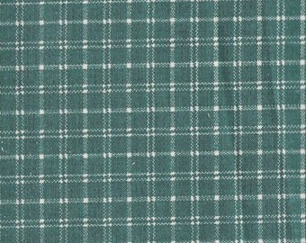 """Kelly Green & White  Plaid Fabric ~ 8"""" x 27"""" Remnant ~ Material 4 Scrap Quilt Piecing - Fun Sewing Projects  Inventory # A 39"""