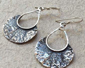 Sterling silver earrings, droplet earrings, etched silver earrings, oxidised earrings, long earrings, dangle earrings - That moment E2125
