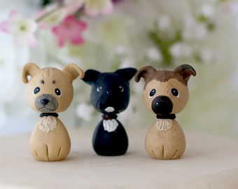 Additional pet for wedding cake topper