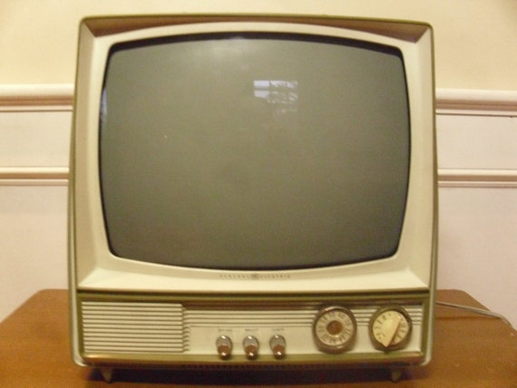 Admiral Portable Vintage Television 1960s TV  |1960s Portable Televisions